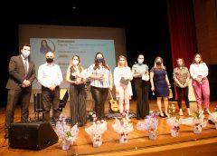 Evento com palestra, música e prêmios marca o início das comemorações do Dia do Servidor